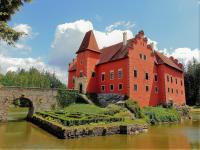 Zámek Červená Lhota. (Prodej chaty / chalupy 92 m², Lidmaň)