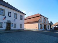 OÚ a prodejna. - Prodej domu v osobním vlastnictví 252 m², Sedlice