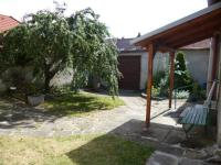 uzavřený dvůr (Prodej domu v osobním vlastnictví 256 m², Kardašova Řečice)