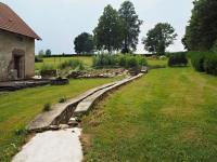 Pohled na zahradu a bývalé jezírko - Prodej chaty / chalupy 650 m², Blažejov