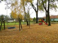 Dětské hřiště. (Prodej domu v osobním vlastnictví 325 m², Vodňany)