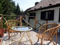 Nevšední terasa v úrovni stromů - Prodej domu v osobním vlastnictví 230 m², Černá v Pošumaví