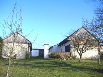 Pohled ze zahrady - Prodej domu v osobním vlastnictví 177 m², Záhoří