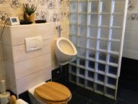 Z koupelny a WC v RD. - Prodej hotelu 2809 m², Dobronice u Bechyně