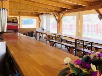 Bar s posezením. - Prodej komerčního objektu 84774 m², Hluboká nad Vltavou
