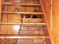 vstup do patra - Prodej chaty / chalupy 36 m², Peč