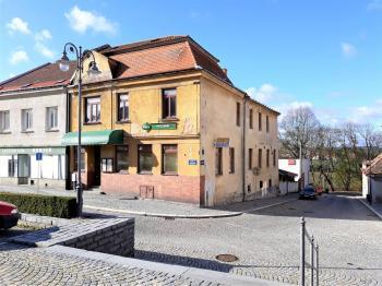 Boční pohled - Prodej hotelu 1530 m², Jemnice