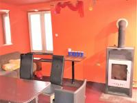 Vinárna (bar) - Prodej hotelu 1530 m², Jemnice