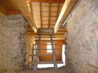 1.NP-schody na podkroví - Prodej komerčního objektu 930 m², Husinec