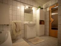 Prodej domu v osobním vlastnictví 300 m², Halže