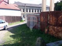 vrata do zahrady (Prodej domu v osobním vlastnictví 150 m², Lom)