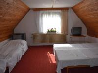 3.NP_2.pokoj (Prodej domu v osobním vlastnictví 180 m², Český Jiřetín)