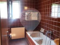 2.NP_koupelna se saunou (Prodej domu v osobním vlastnictví 180 m², Český Jiřetín)