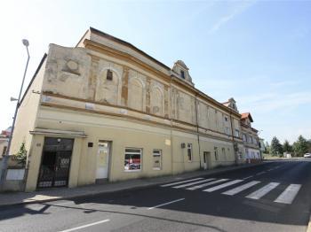 Prodej komerčního objektu 490 m², Osek