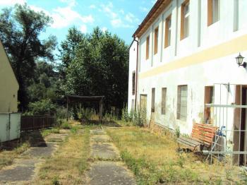 Prodej domu v osobním vlastnictví 250 m², Podbořany