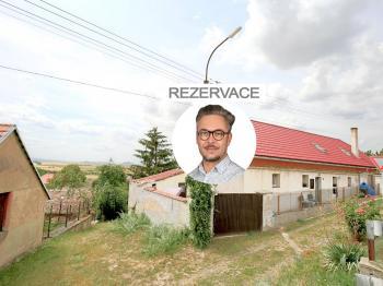Prodej domu v osobním vlastnictví 140 m², Žitenice