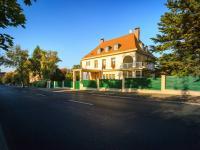 Pronájem domu v osobním vlastnictví, 650 m2, Praha 6 - Střešovice