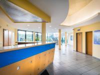 recepce (Prodej komerčního objektu 2000 m², Strančice)