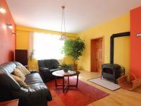 obývací prostor (Prodej domu v osobním vlastnictví 190 m², Mladá Boleslav)
