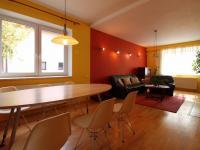 jídelní prostor (Prodej domu v osobním vlastnictví 190 m², Mladá Boleslav)