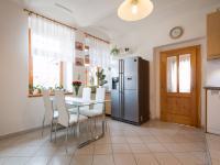 Prodej domu v osobním vlastnictví 120 m², Tehov