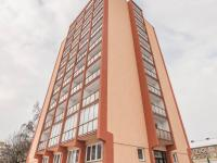 pohled na dům - Pronájem bytu 2+1 v osobním vlastnictví 64 m², Kladno