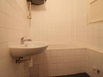 Pronájem bytu 2+kk v osobním vlastnictví 45 m², Praha 4 - Nusle