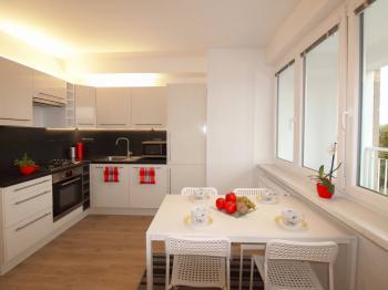 jídelní prostor - Prodej bytu 2+kk v osobním vlastnictví 64 m², Praha 4 - Braník