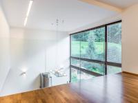 Prodej domu v osobním vlastnictví 298 m², Praha 10 - Horní Měcholupy