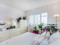 Prodej bytu 3+1 v osobním vlastnictví 76 m², Praha 10 - Záběhlice