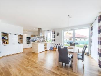 Prodej domu v osobním vlastnictví 119 m², Doubravčice