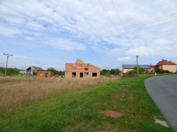 Prodej pozemku 1911 m², Popovice