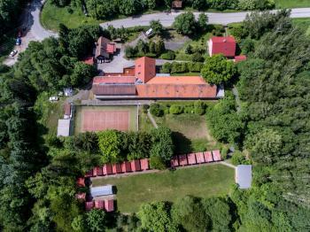 Prodej rekreačního střediska Monte Lope - Bílé Karpaty - Prodej komerčního objektu 1500 m², Bystřice pod Lopeníkem