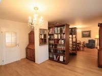 1. patro - chodba - Prodej domu v osobním vlastnictví 776 m², Líšnice