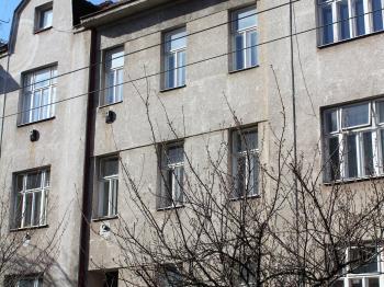 Pohled na dům - Pronájem bytu 2+1 v osobním vlastnictví 50 m², Brno