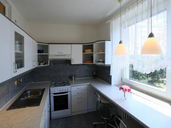 Pronájem 3+1, Brno - Soběšická - Pronájem bytu 3+1 v osobním vlastnictví 72 m², Brno
