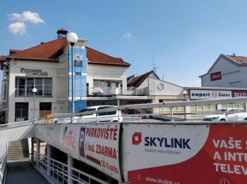Pronájem obchodních prostor 36m2 OD Kvanto Uherský Brod - Pronájem komerčního objektu 36 m², Uherský Brod
