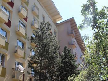 Pohled na dům - Prodej bytu 2+1 v osobním vlastnictví 54 m², Brno