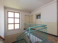 schodiště 2 NP - Prodej domu v osobním vlastnictví 244 m², Ostrožská Nová Ves