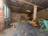 stodola na zahradě - Prodej domu v osobním vlastnictví 244 m², Ostrožská Nová Ves