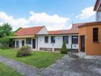 dvůr a hospodářské budovy s letním bytem, výměnkem - Prodej domu v osobním vlastnictví 244 m², Ostrožská Nová Ves