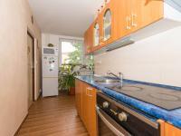 kuchyně s kuchyňskou linkou a el. varnou deskou - Prodej bytu 3+1 v družstevním vlastnictví 74 m², Uherské Hradiště