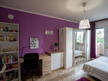 Pokoj s balkónem - Pronájem bytu 1+1 v osobním vlastnictví 36 m², Brno