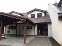 Pronájem domu v osobním vlastnictví, 134 m2, Moravany