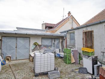 Rodinný dům-Silůvky - Prodej domu v osobním vlastnictví 200 m², Silůvky