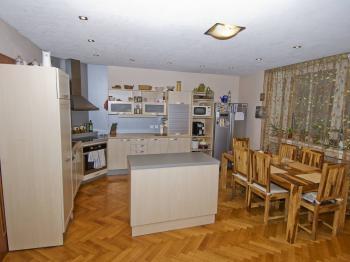 Prodej bytu 5+1 v osobním vlastnictví 195 m², Brno