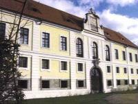Prodej historického objektu 1000 m², Kupařovice