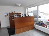 Prodej komerčního objektu 4931 m², Bánov