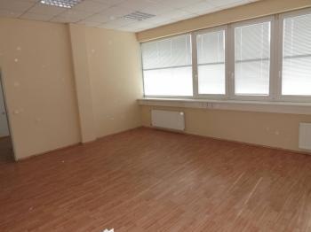 Pronájem kancelářských prostor 152 m², Zlín