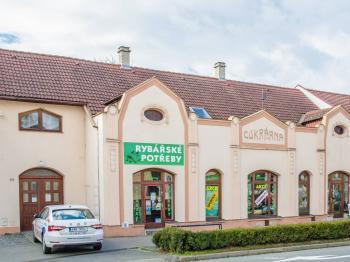 Prodej obchodních prostor 765 m², Napajedla